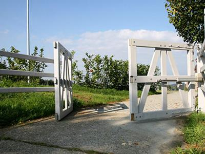 White wooden gate Also available in other colors
