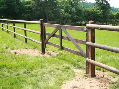 Wooden gate for horses High-quality DURAfence gate