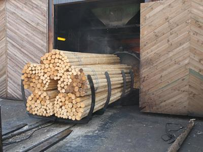 Fences produced from autoclaved wood: combining robustness with beauty